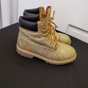 Timberland Boots Covered in Gold Glitter  …